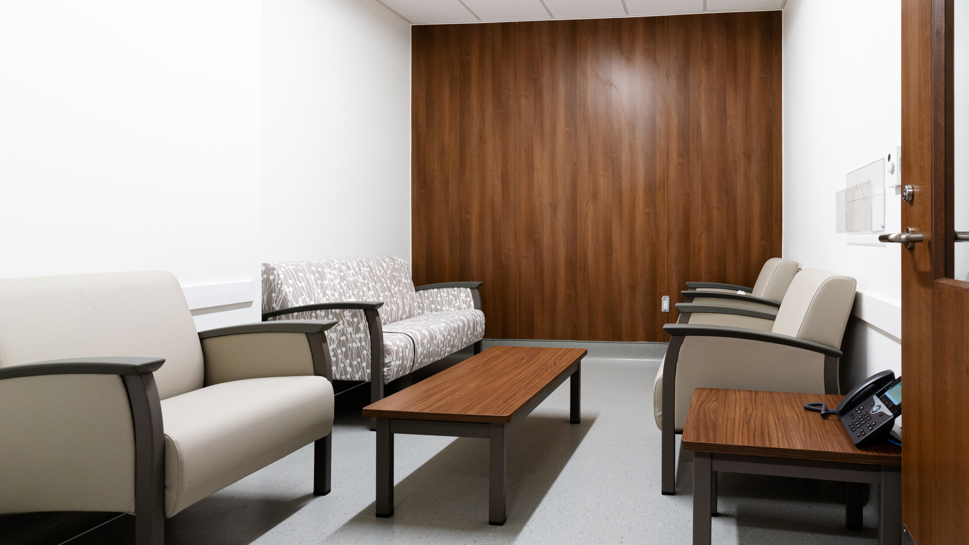 Quiet Room 6 E Surgical Unit
